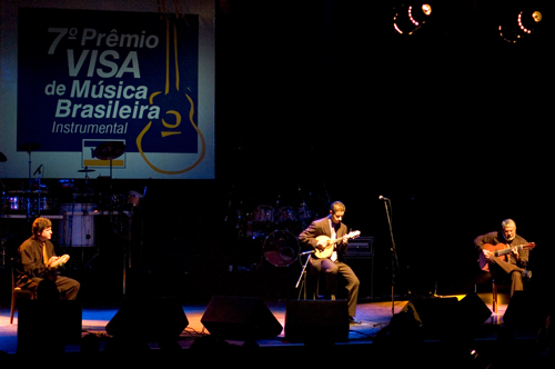 Danilo Brito vence o 7o Prêmio Visa - Agência Estado